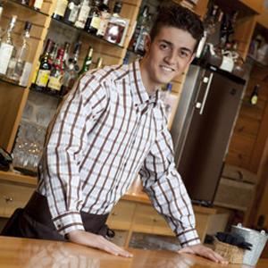 Camisa hombre manga larga con cuello botón
