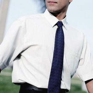 Camisa hombre manga larga con cuello camisero