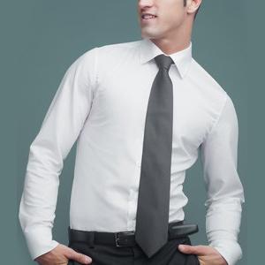 Camisa para hombre de manga larga. Espalda con canesú