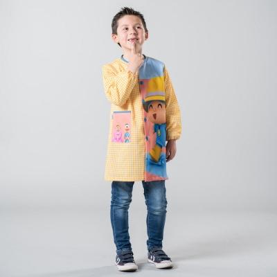 Babi Pocoyo lluvia ropa colegios